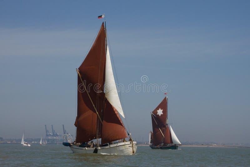 barki target1361_1_ Thames obrazy royalty free
