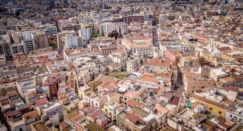 Barletta, cidade de Itália de cima do dia fotografia de stock