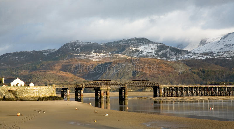 Download Barmouth Brige stock image. Image of esturary, harlech - 26586711