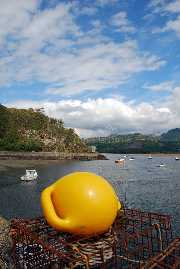 Free Barmouth Harbour 01 Royalty Free Stock Photo - 2621915