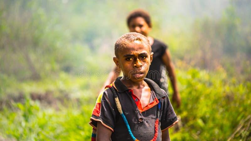 Barn av Papua nya Gunea royaltyfri fotografi