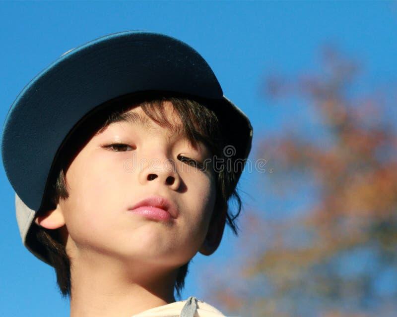 barn för barnförtroendetrots royaltyfri bild
