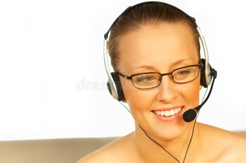 barn för kvinna för hörlurar med mikrofontelefon nätt slitage arkivfoto