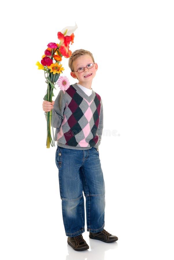 barn för pojkeförälskelsevalentin royaltyfria foton