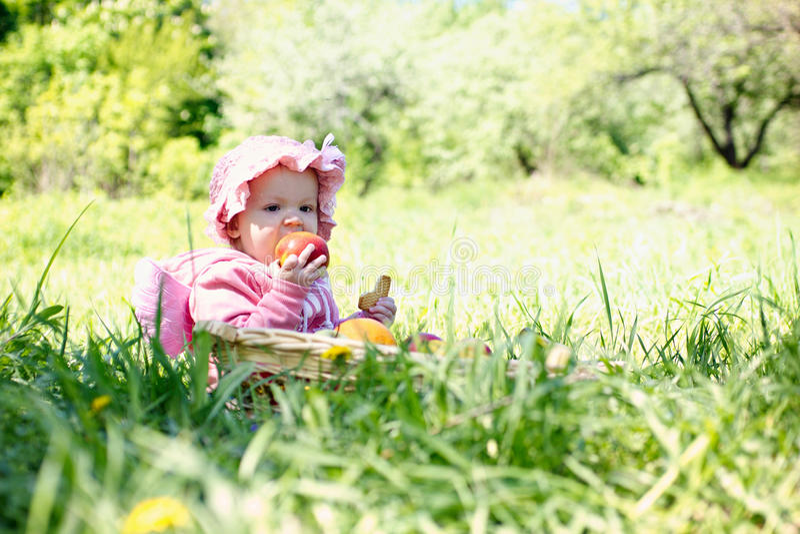 barn little park fotografering för bildbyråer