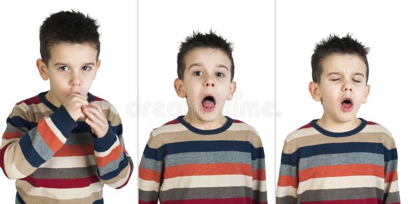 Barn som hostar fotografering för bildbyråer