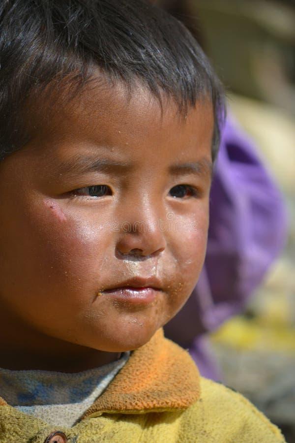 Barn Tibet arkivfoton