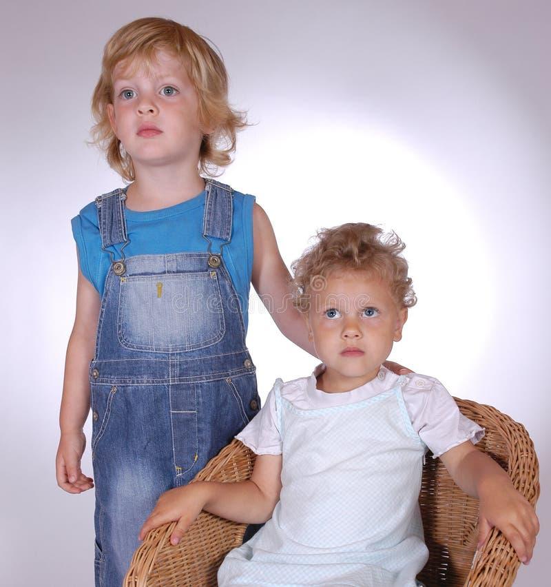 barn två arkivfoto