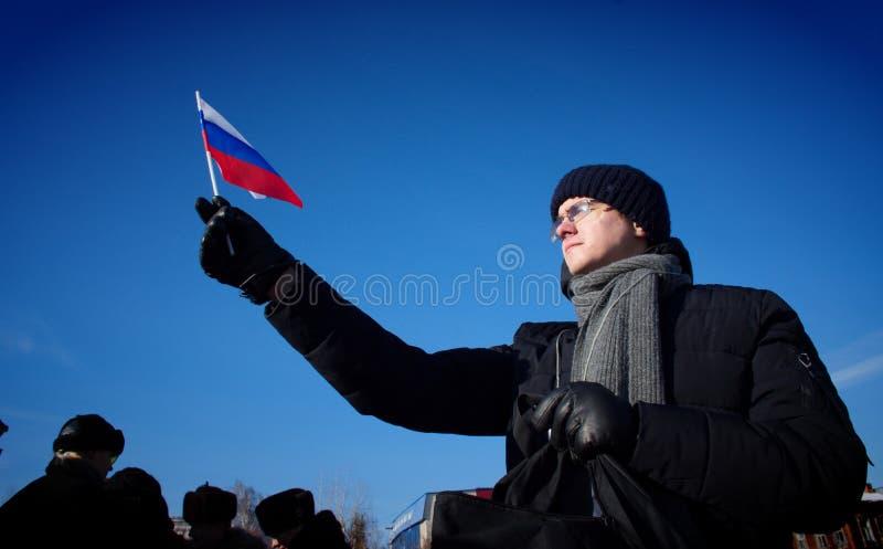 Barnaul Ryssland-Februari 24, 2019 Postering på årsdagen av döden av Boris Nemtsov Folk med affischer 'Ryssland utan Puti arkivbilder