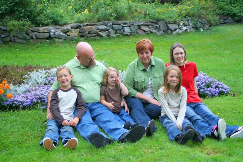barnbarnmorföräldrar royaltyfri fotografi