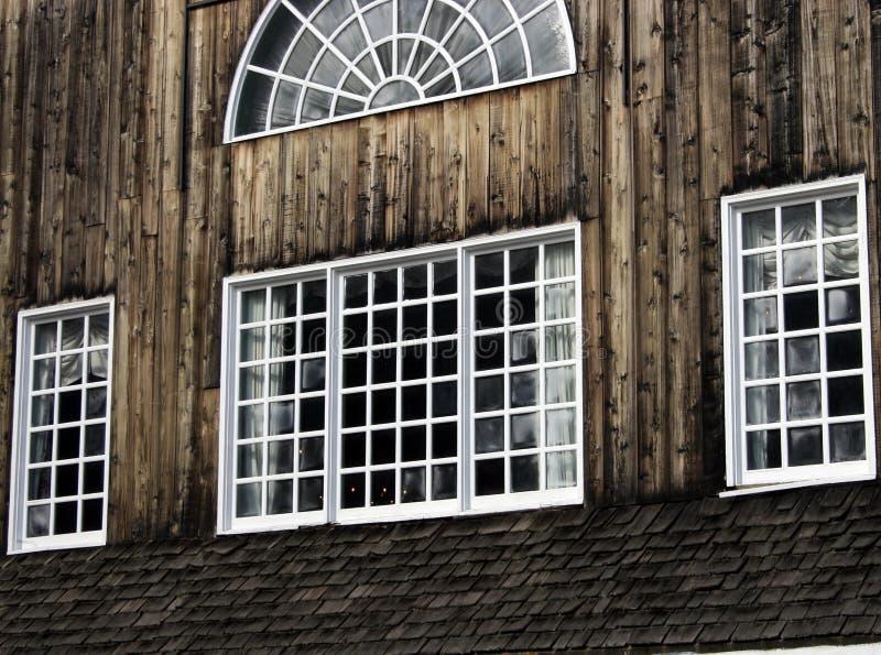 Barnboard Windows fotografie stock