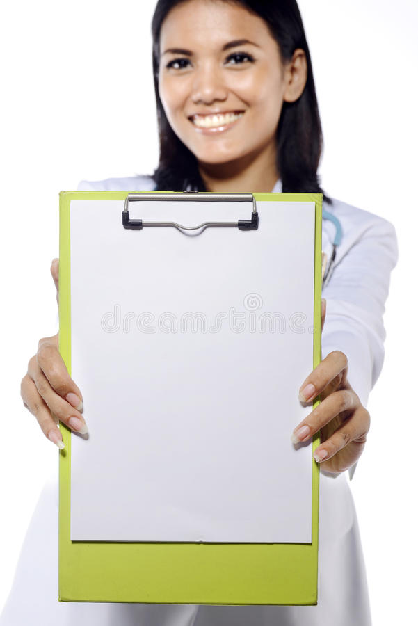 Barndoktor Holding Clipboard arkivbilder