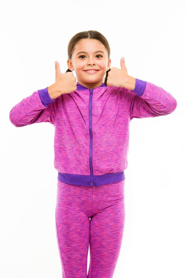 Barndomlycka familj Barns dag Stående av det lyckliga lilla barnet litet flickabarn Trevlig selfie frisör arkivbild
