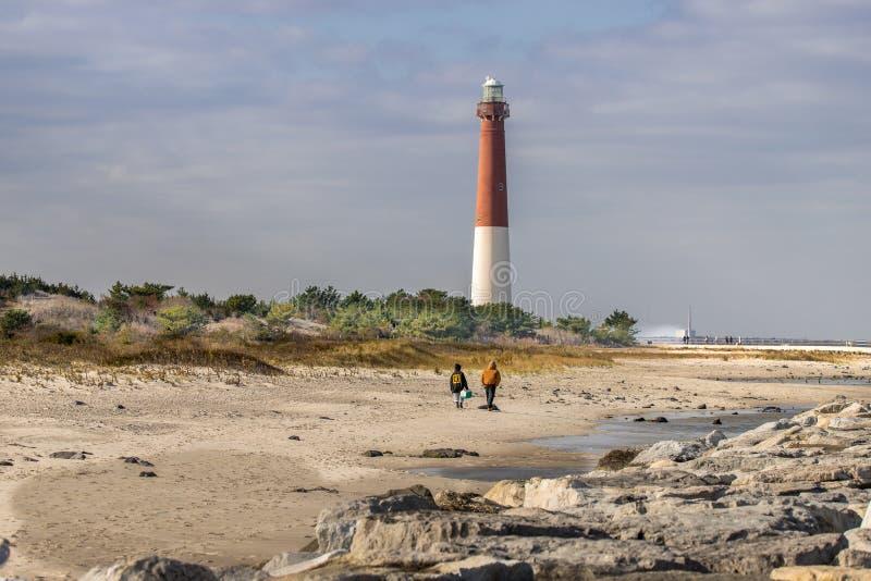 Barnegat-Leuchtturmansicht vom Atlantik, der herein schaut lizenzfreies stockfoto