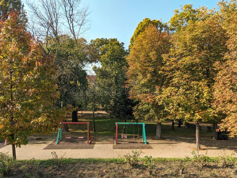 Barnens park - Cliff of Mures flod, - Arad, Rumänien arkivbild