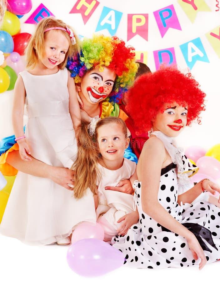 Barnfödelsedagdeltagare. arkivbild