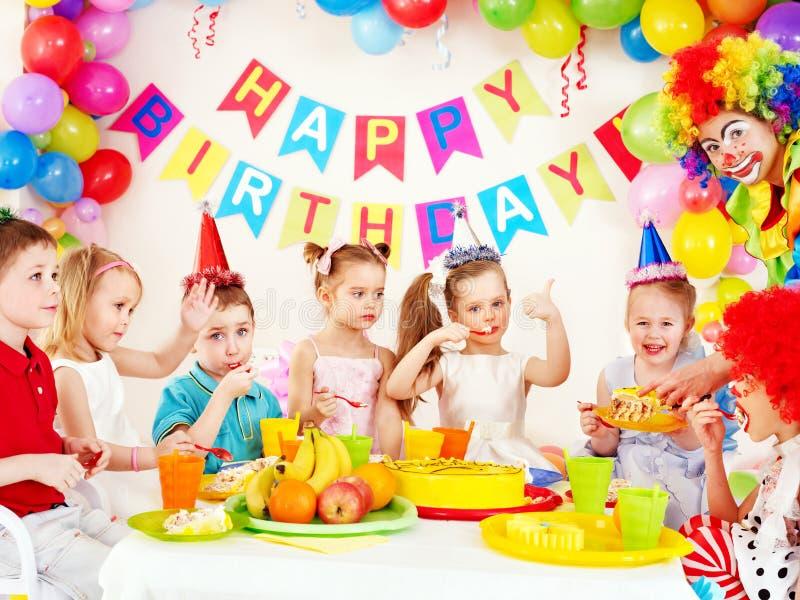 Barnfödelsedagdeltagare. royaltyfri bild