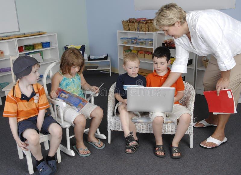 barnförträning royaltyfria bilder