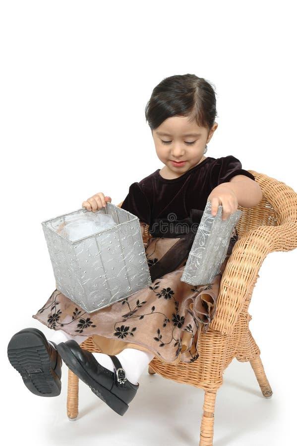 barngåvaöverrrakning royaltyfria foton