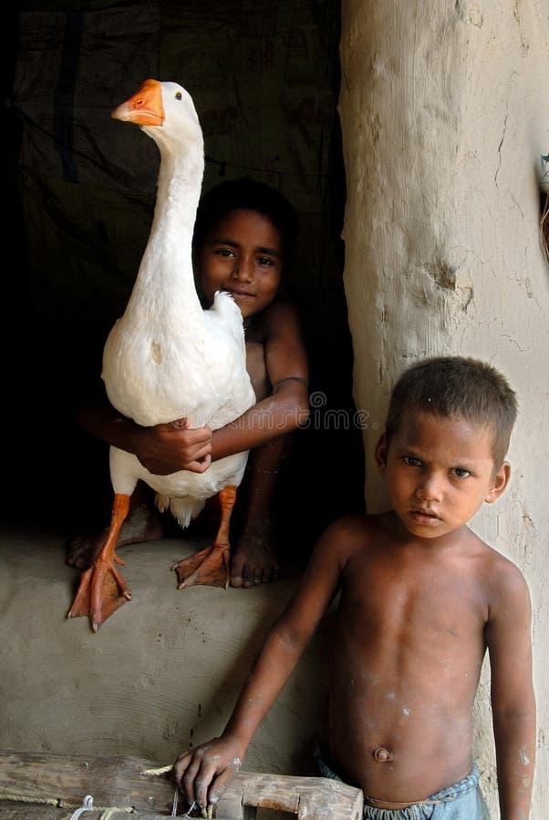 barnindia poor royaltyfri fotografi