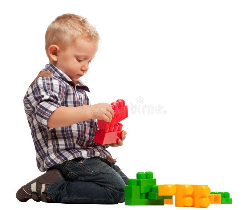 Barnlek med konstruktion royaltyfri bild