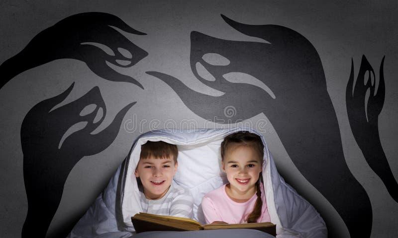 Barnmardrömmar royaltyfria bilder