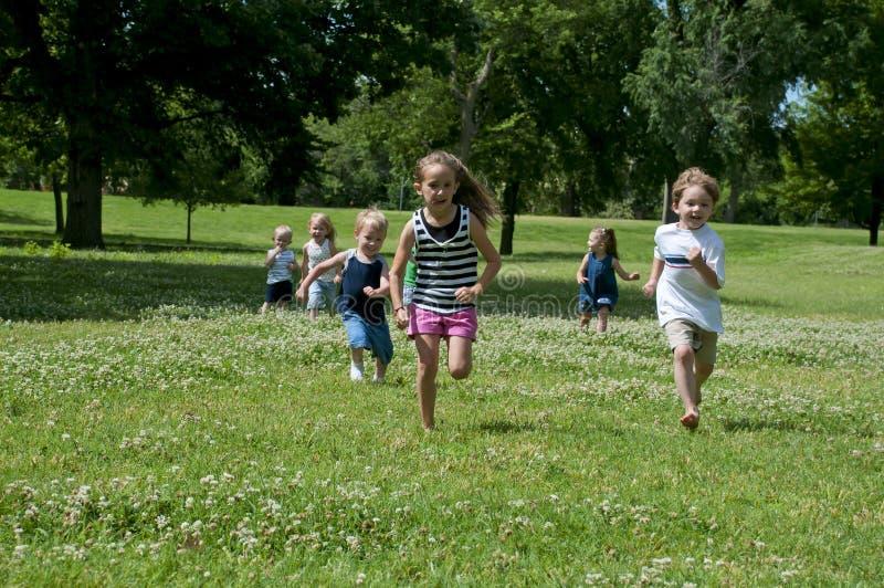 barnparkspelrum arkivfoton