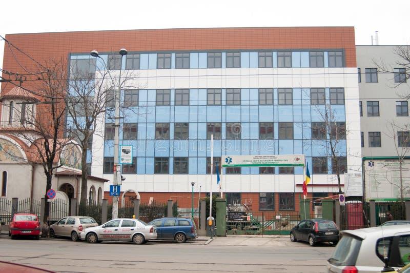 Barns byggnad för sjukhus royaltyfria foton