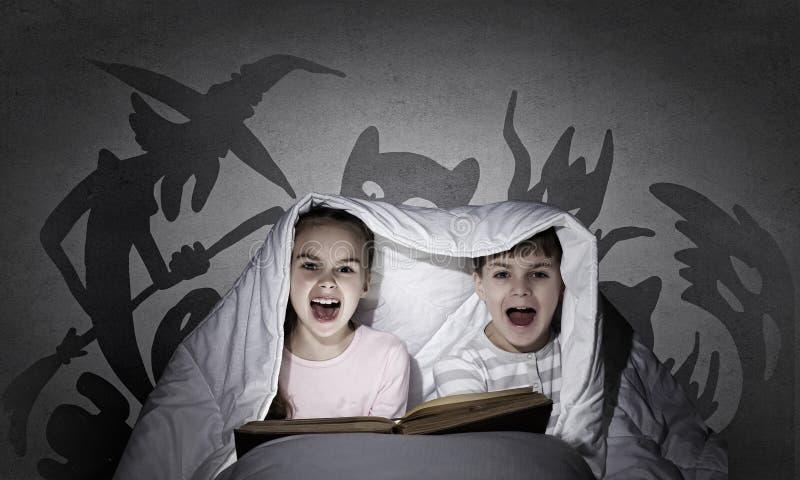 Barns mardrömmar royaltyfri fotografi