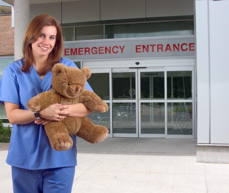 barns sjuksköterska arkivbild