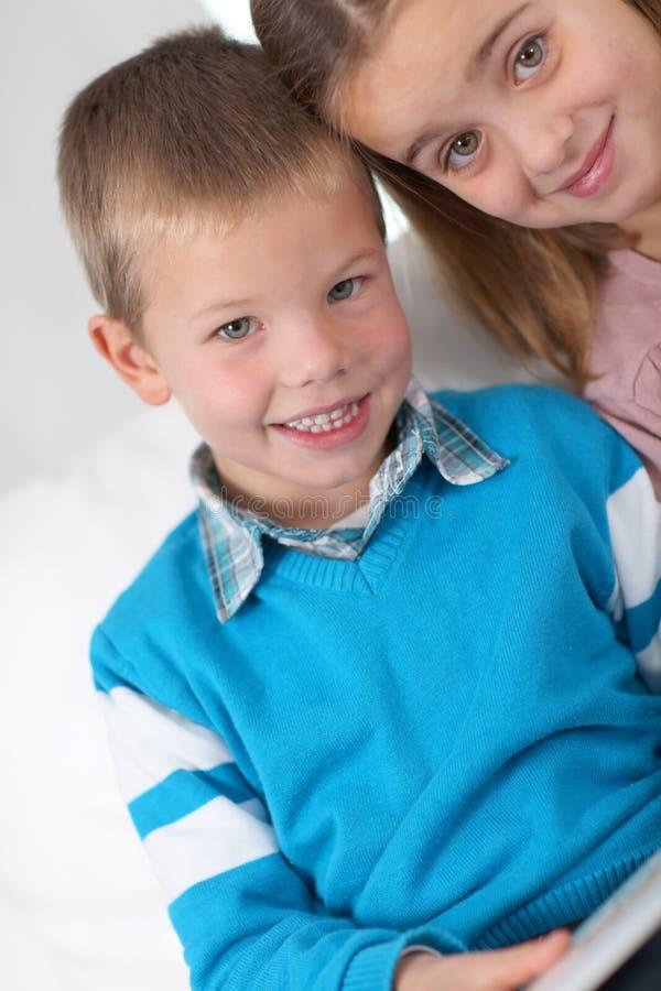 barnstående s fotografering för bildbyråer