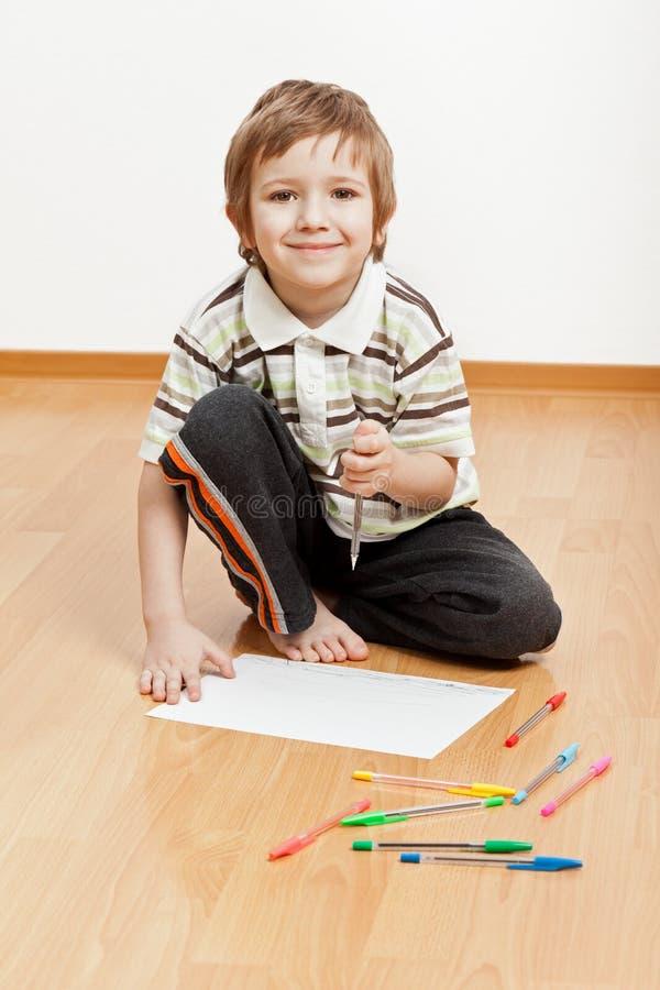 barnteckningswriting arkivfoton