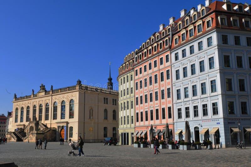 Barock-casas restauradas, museu do tráfego, Neumarkt, Dresden-cidade, Alemanha imagens de stock royalty free
