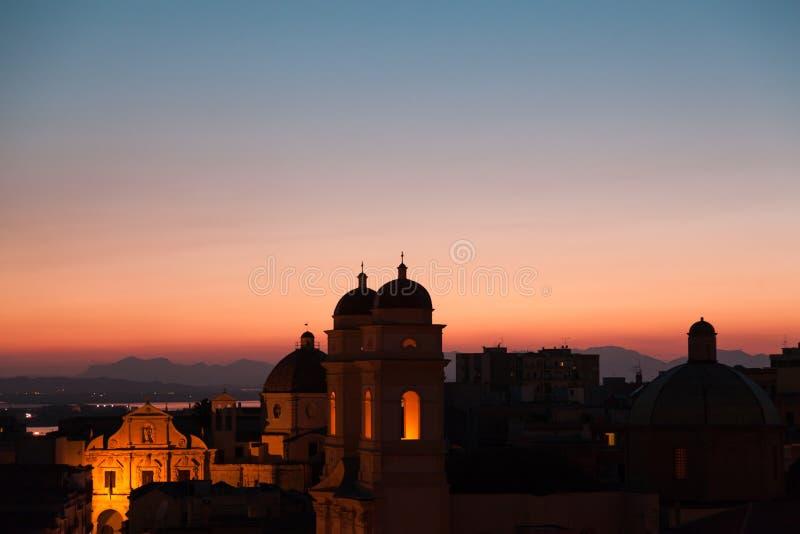 Barocke Architektur der Kirche von St Anne bei Sonnenuntergang in Sardi lizenzfreie stockfotos