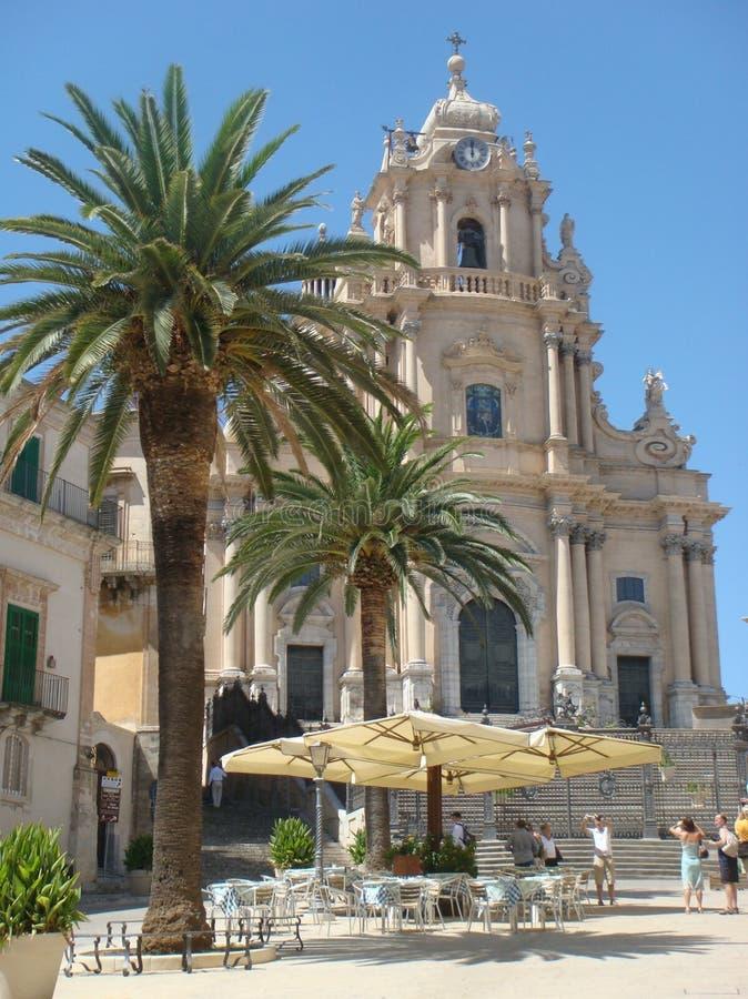 Barokke kathedraal van St George aan Ragusa in Sicilië, Italië royalty-vrije stock fotografie