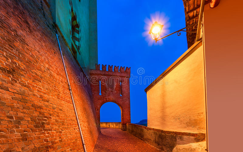 Barolo,意大利老镇  免版税库存图片