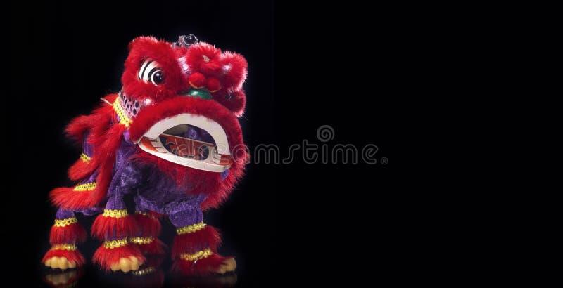 Barongsai (китайский дракон) стоковая фотография
