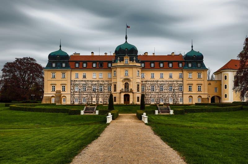 Baroque Castle Lany, Tjeckiens president, sommaruppehåll arkivbild