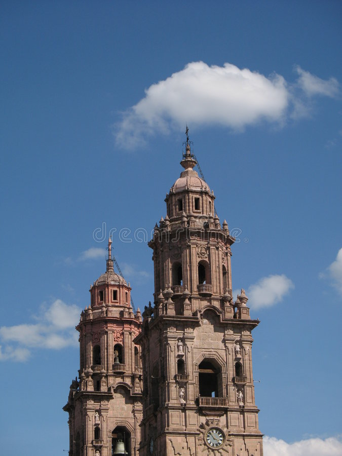 Free Baroque Twin Towers Royalty Free Stock Photos - 5005618