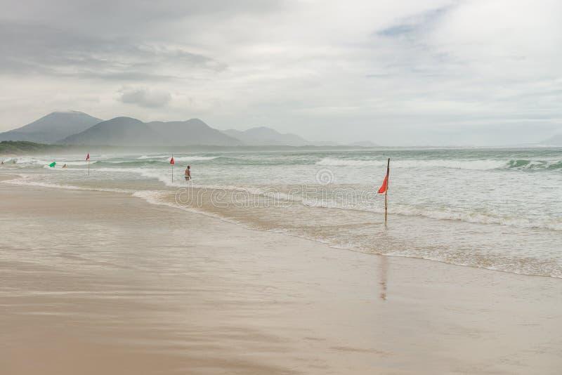 Barra Beach en île de florianopolis au Brésil du sud image libre de droits