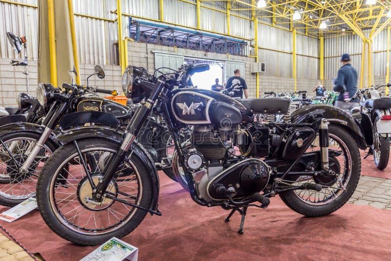 BARRA BONITA, БРАЗИЛИЯ - 17-ОЕ ИЮНЯ 2017: Винтажное exhibi мотоциклов стоковое изображение rf