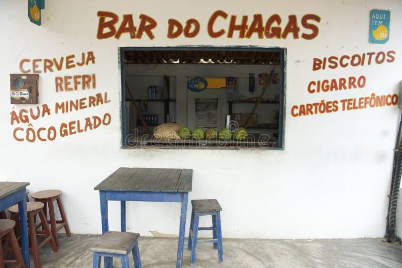 Barra brasileira da praia com os cocos no contador fotografia de stock royalty free