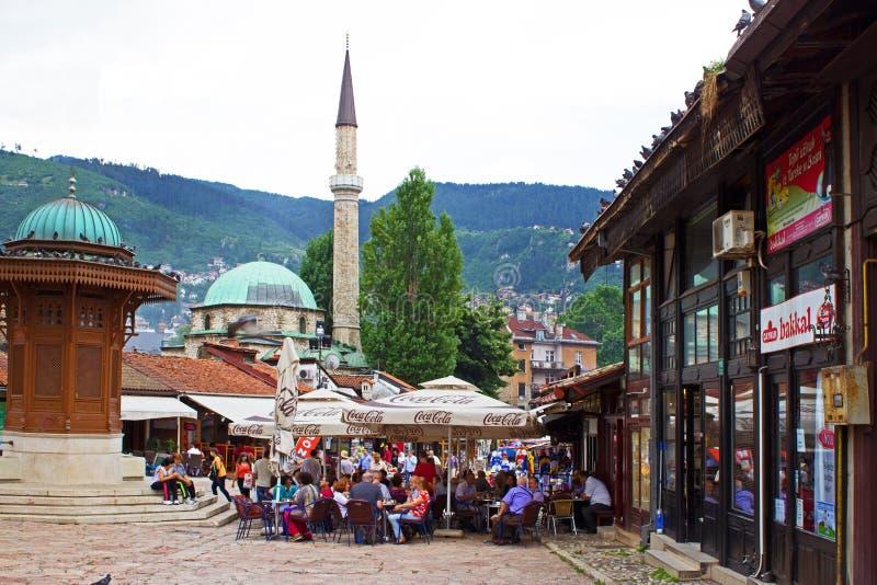 Barra de café da rua de Sarajevo imagens de stock