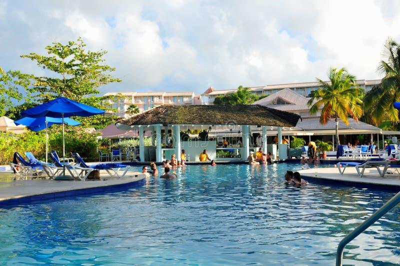 Barra de la piscina fotografía de archivo libre de regalías