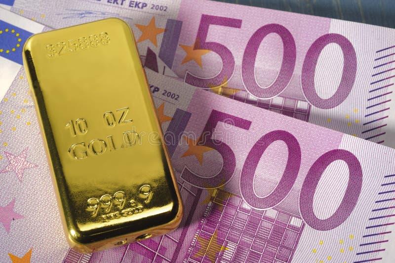 Barra de ouro imagem de stock royalty free