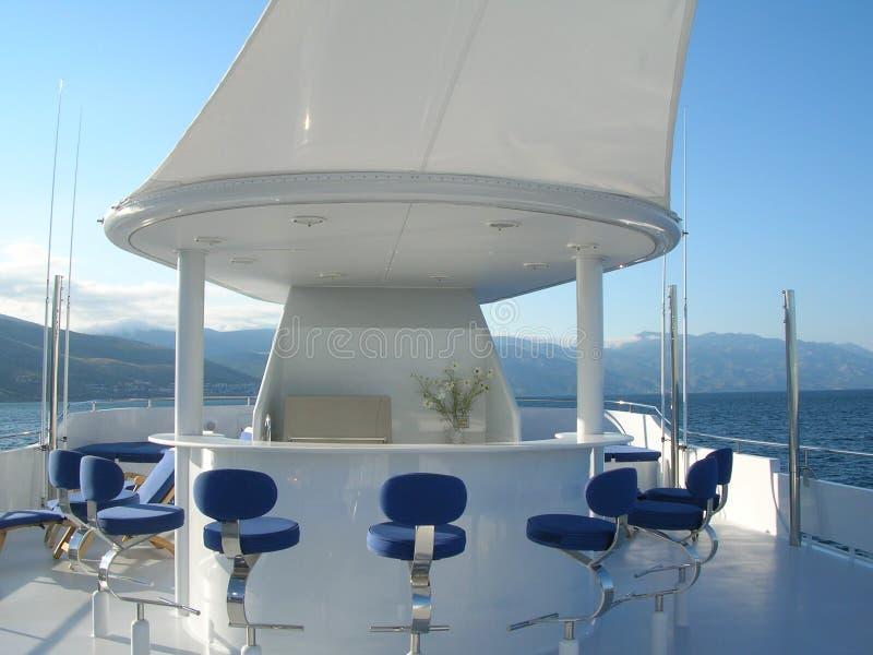 Barra na parte dianteira de um navio fotografia de stock royalty free