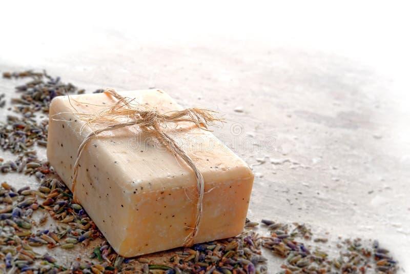 Barra naturale del sapone di bagno di cura di Aromatherapy Marsiglia fotografie stock