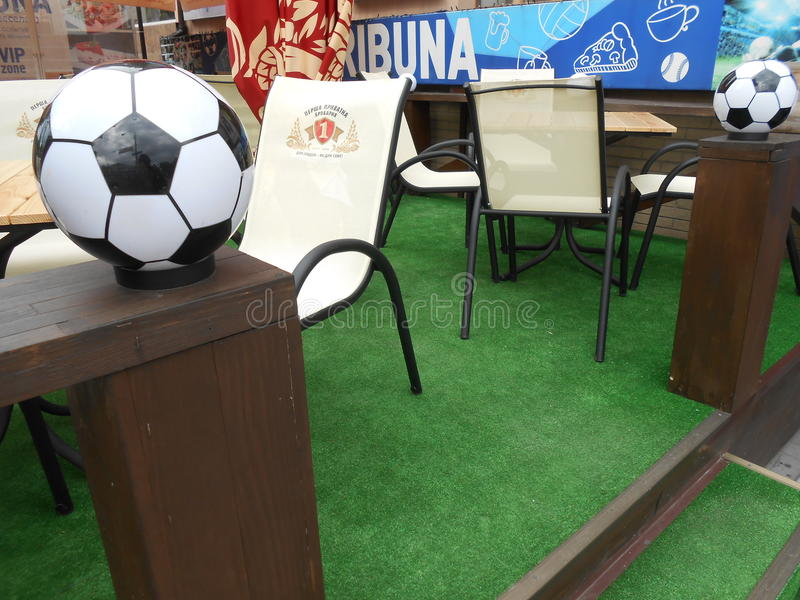 Barra ucraina Тribune della birra di calcio immagine stock