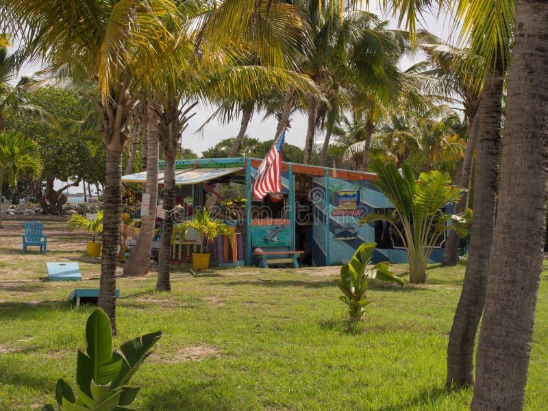 Barraca colorida da praia em St Croix fotos de stock