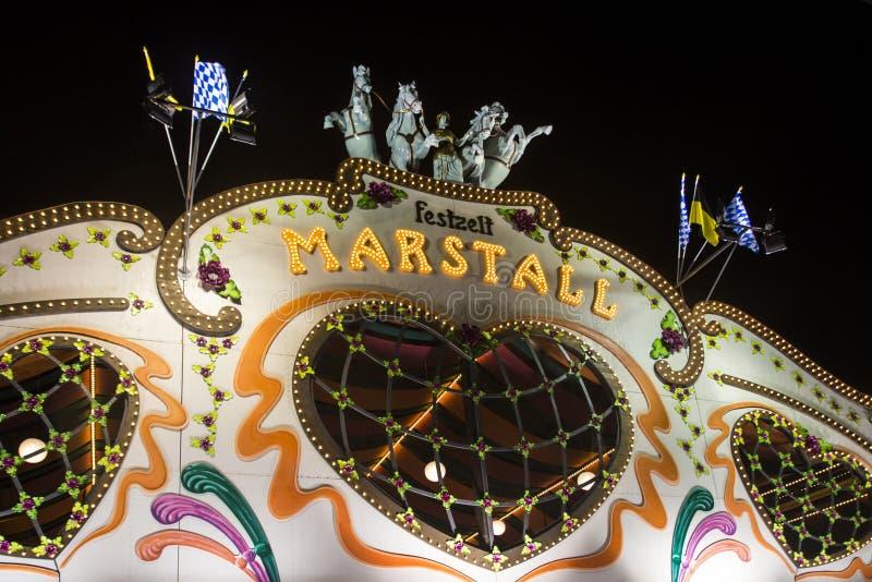 Barraca de Marstall no Oktoberfest em Munich, Alemanha, 2015 fotos de stock